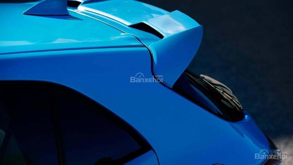 Đánh giá xe Toyota Corolla Hatchback 2019: Cánh lướt gió thể thao.