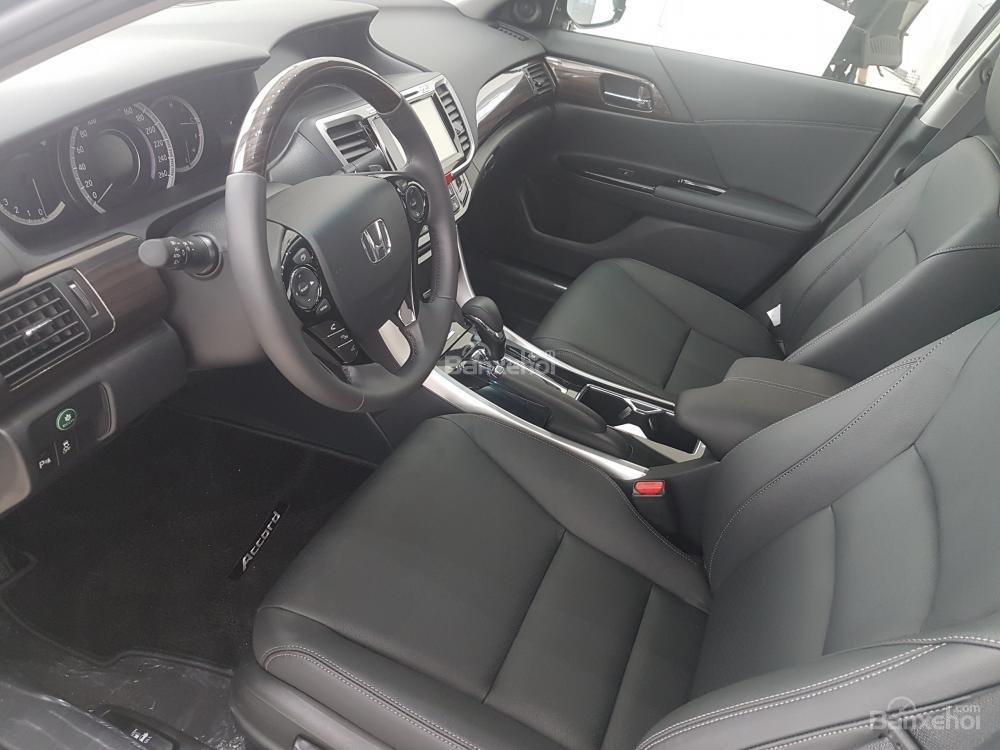 Honda Accord đời 2018- Honda ô tô Bắc Ninh, màu đen, xe nhập (8)
