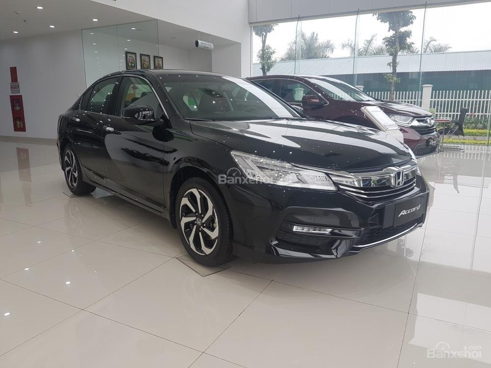 Honda Accord đời 2018- Honda ô tô Bắc Ninh, màu đen, xe nhập (9)