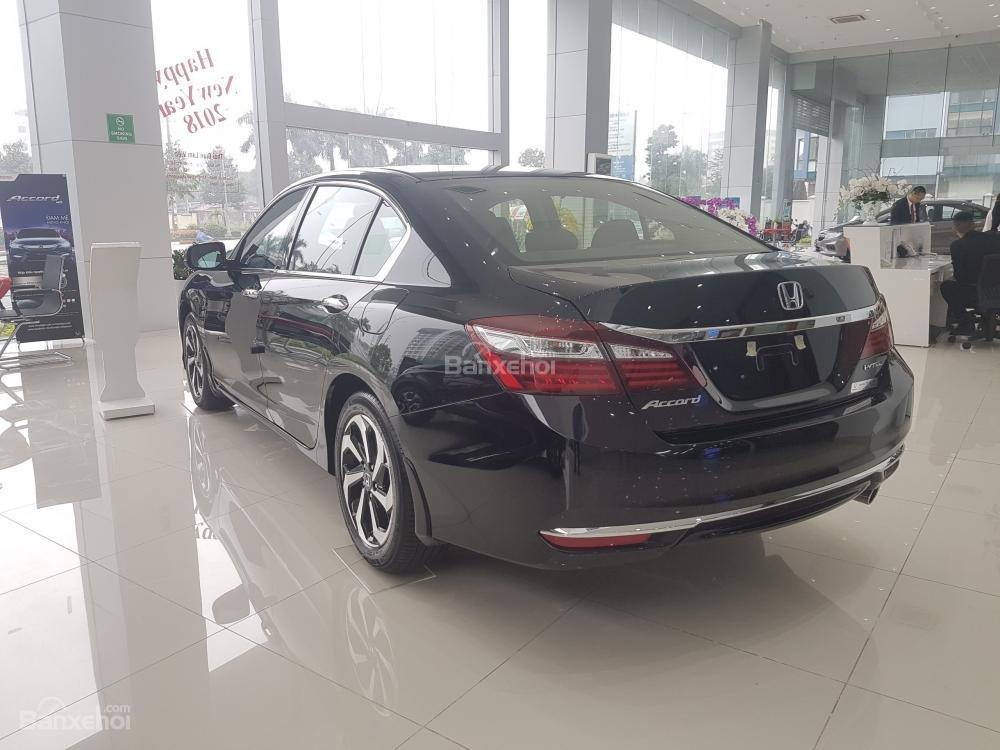 Honda Accord đời 2018- Honda ô tô Bắc Ninh, màu đen, xe nhập (11)