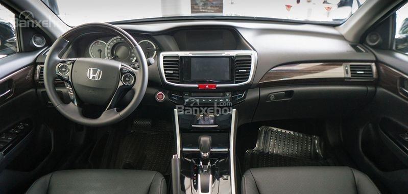 Honda Accord đời 2018- Honda ô tô Bắc Ninh, màu đen, xe nhập (4)