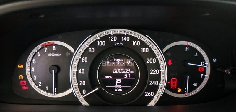 Honda Accord đời 2018- Honda ô tô Bắc Ninh, màu đen, xe nhập (13)