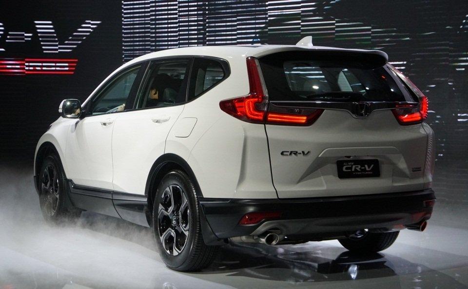 Ảnh chụp đuôi xe Honda CR-V L 2018