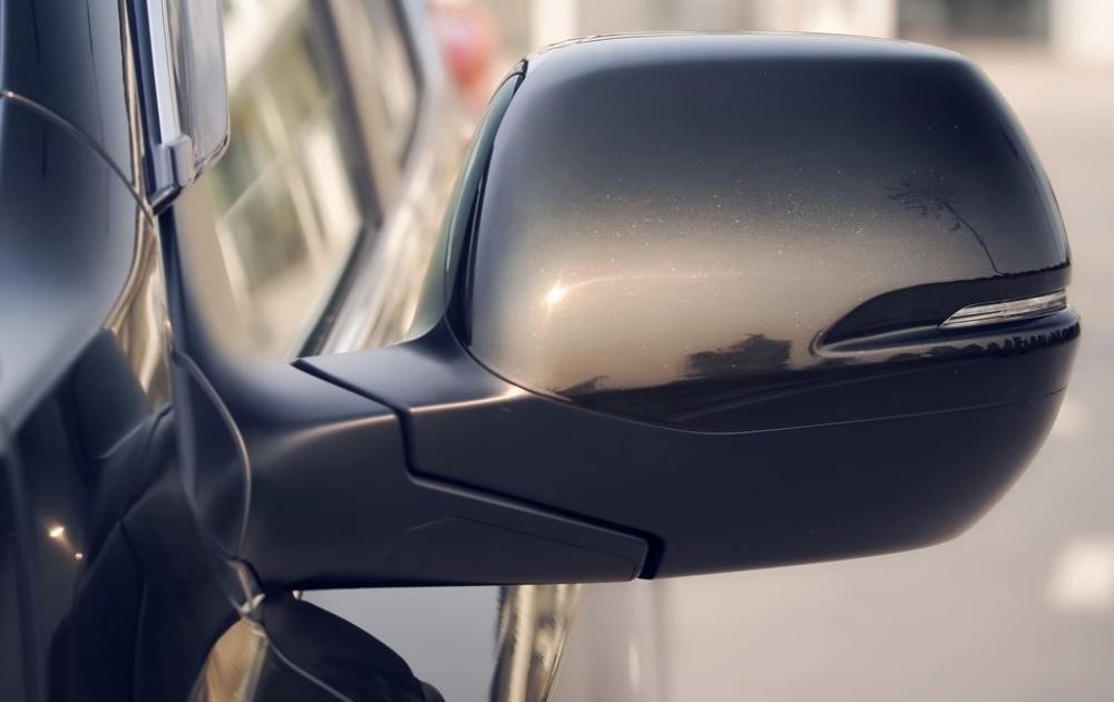 Ảnh chụp gương chiếu hậu xe Honda CR-V L 2018