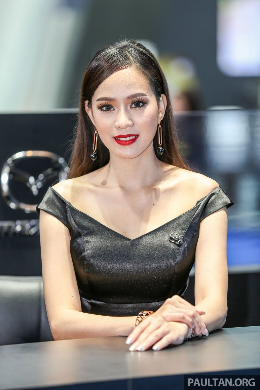 Những bóng hồng xinh đẹp tại Triển lãm Ô tô Bangkok 2018 (4)
