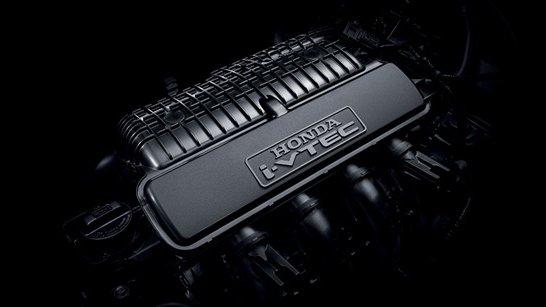 Honda Jazz có khả năng vận hành tốt hơn Mazda 2, cả về công suất lẫn hộp số.