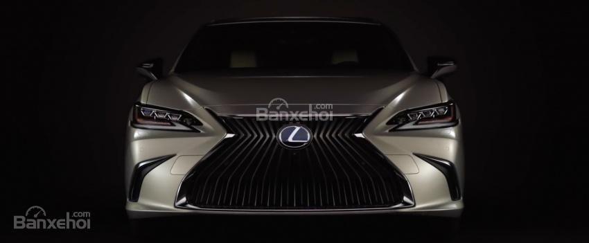 """Lexus ES 2019 lộ diện """"trần trụi"""" ngay trước ngày ra mắt 2a"""