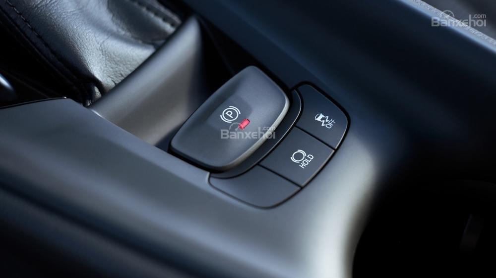 Ưu điểm Toyota C-HR 2018 a4