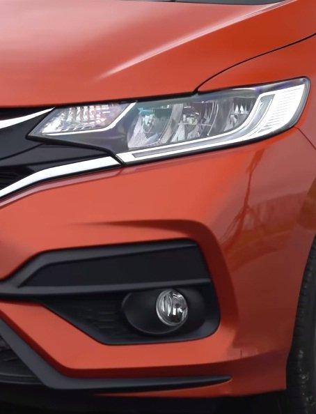Ảnh chụp đèn sương mù xe Honda Jazz RS 2018: