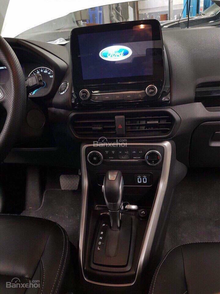 Ford Ecosport 2018 new, hỗ trợ vay 85%, LS 0.6%, LH: 090909.9106-4