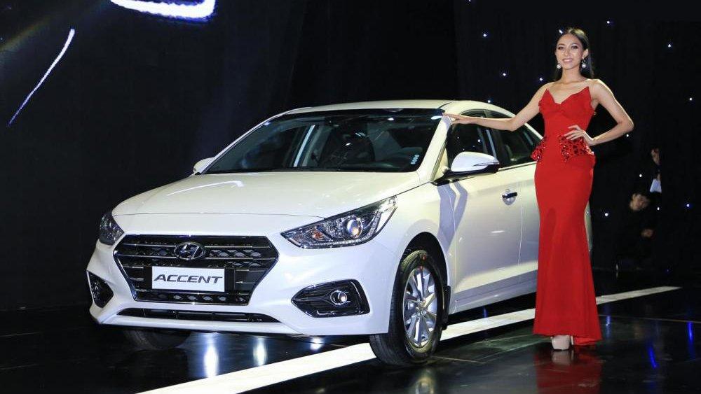 Mazda 2 2018 hợp với người dùng độc thân trong khi Hyundai Accent 2018 lại hấp dẫn với khách hành gia đình.