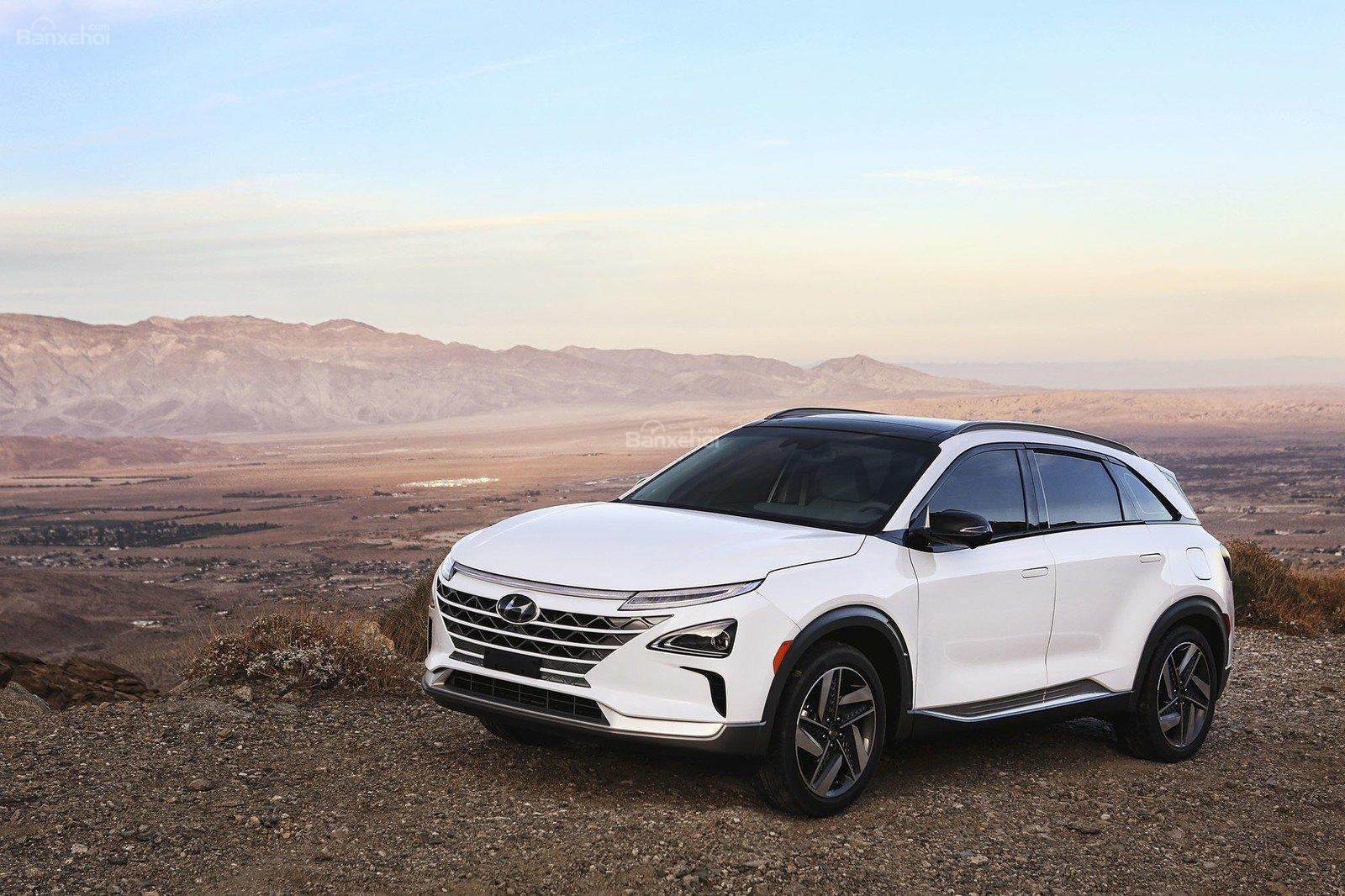 Đánh giá xe Hyundai Nexo 2019: Dáng xe thể thao z