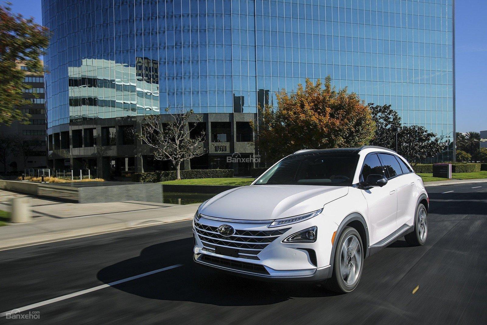 Đánh giá xe Hyundai Nexo 2019: Chủ tướng của Hyundai trong phân khúc ô tô hydrogen z