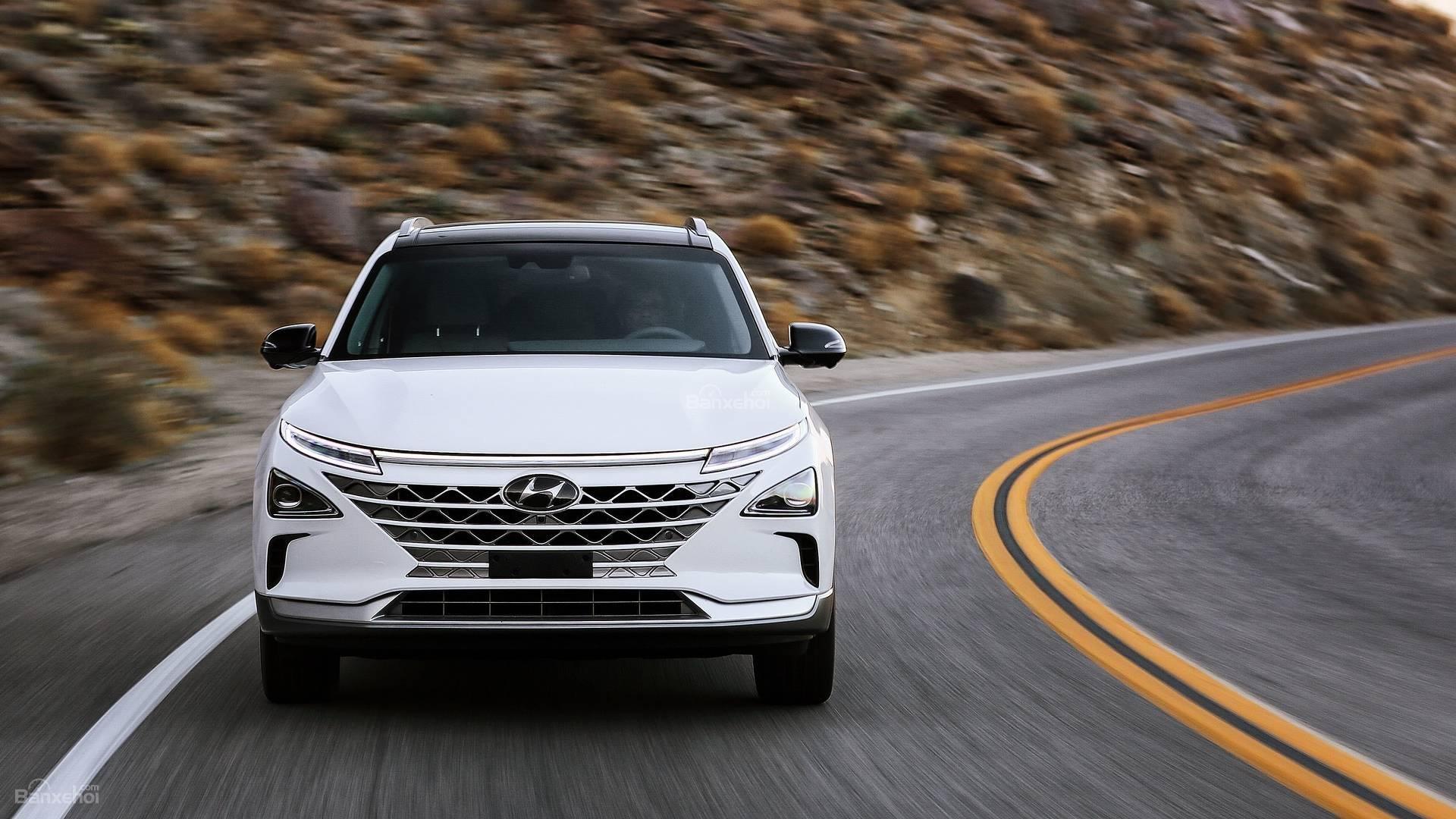 Đánh giá xe Hyundai Nexo 2019: Sở hữu công nghệ tự hành cấp độ 4 zz