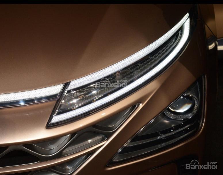Đánh giá xe Hyundai Nexo 2019: Đèn pha mảnh z