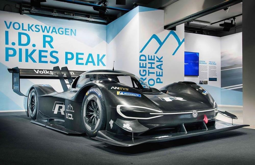 Siêu xe điện ''''''''thần tốc'''''''' Volkswagen I.D. R Pikes Peak chính thức trình diện 3