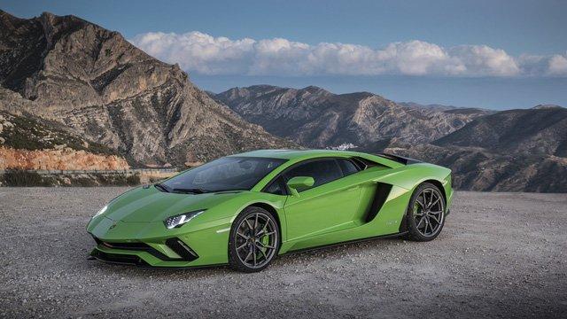 Điều gì tạo nên sự hấp dẫn cho Lamborghini Aventador S? a2