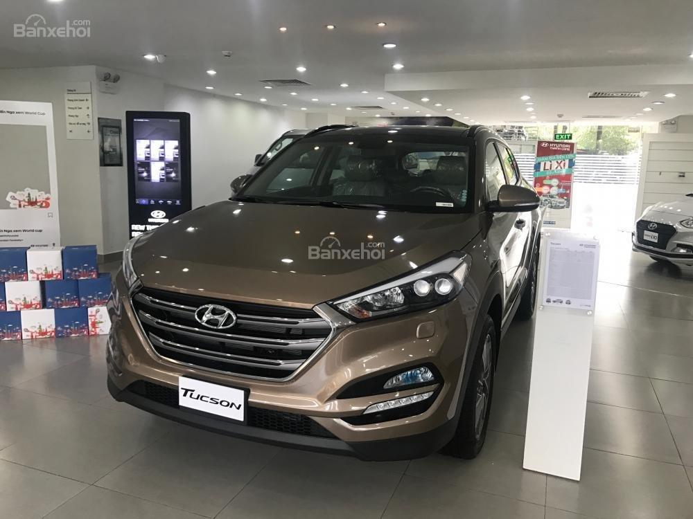 Bán xe Hyundai Tucson đời 2018, màu nâu, 765tr-0