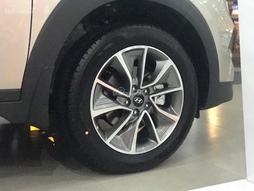 Bán xe Hyundai Tucson đời 2018, màu nâu, 765tr-4