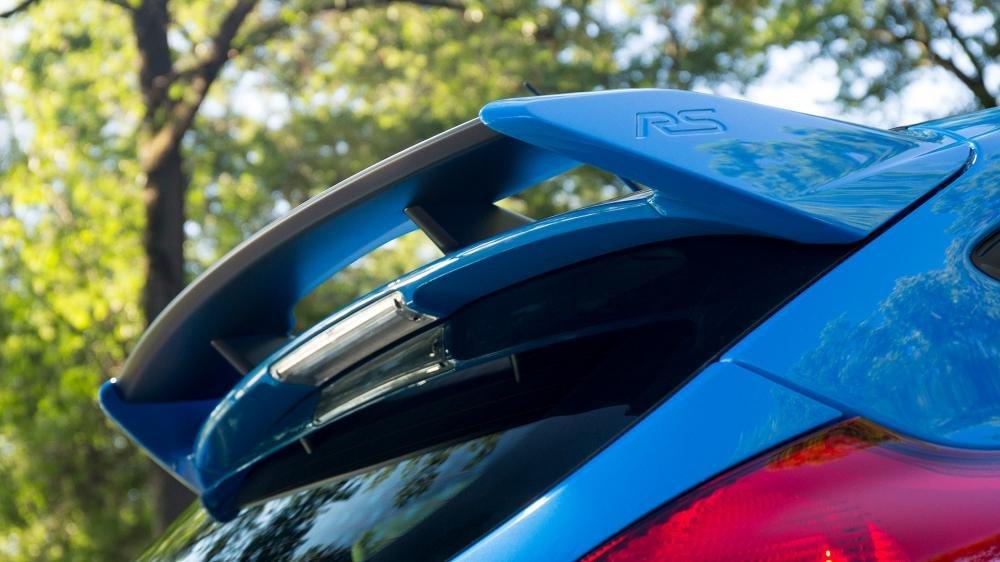 Ảnh chụp cánh gió xe Ford Focus RS 2018