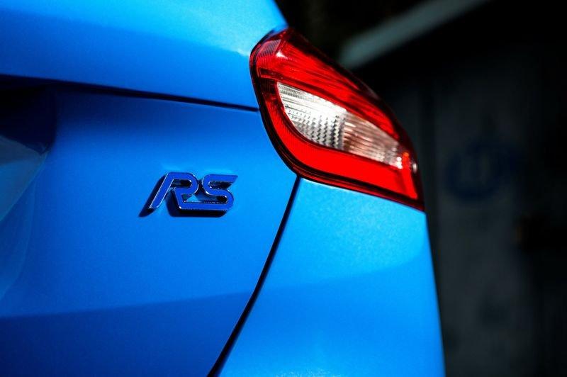 Ảnh chụp đuôi xe Ford Focus RS 2018