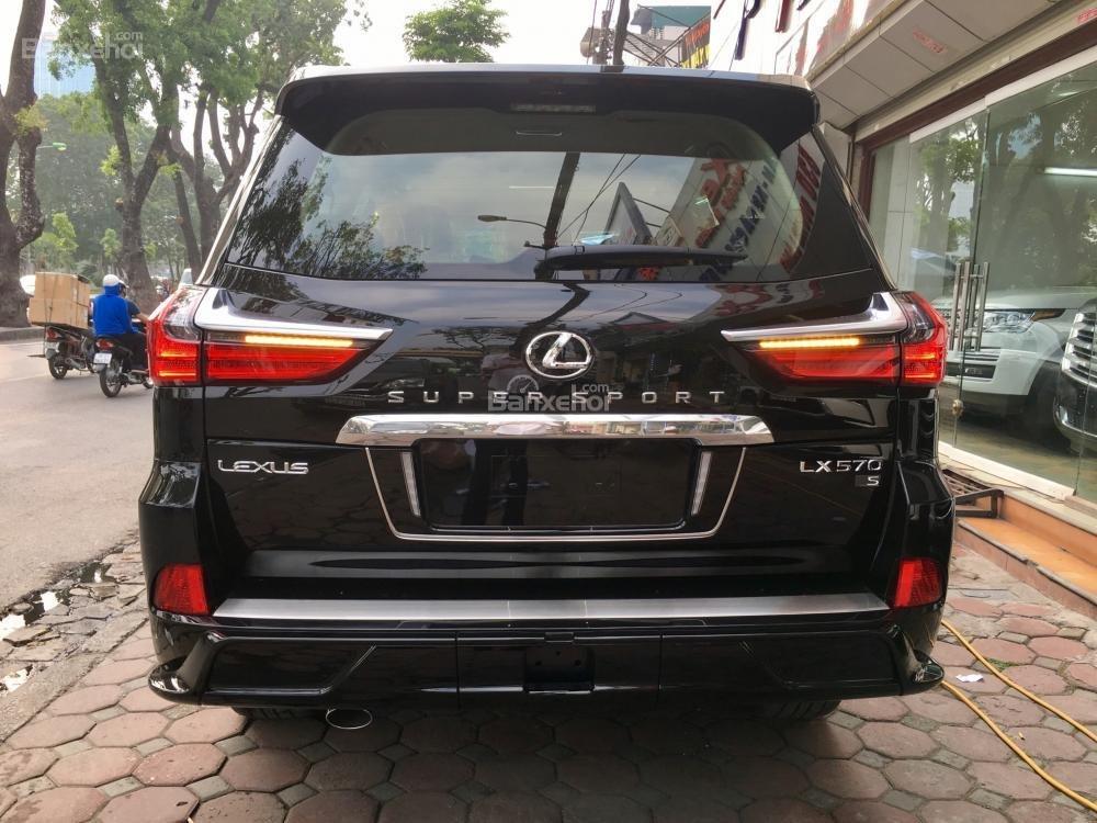 Bán xe Lexus LX Super Sports 570S, năm sản xuất 2018, màu đen, nhập khẩu (6)