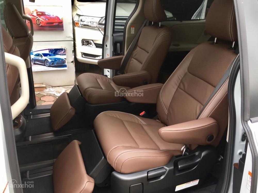 Cần bán xe Toyota Sienna Limited sản xuất 2019, màu trắng, xe nhập Mỹ giá tốt, LH 0905.098888 - 0982.84.2838 (9)