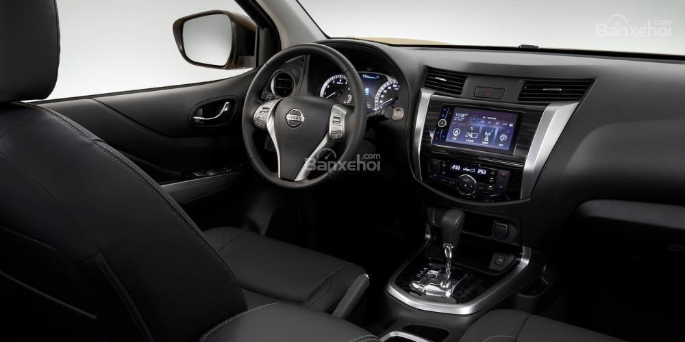 Đánh giá xe Nissan Terra 2018: Xe sở hữu đầy đủ những trang bị mà một chiếc ô tô cần có.