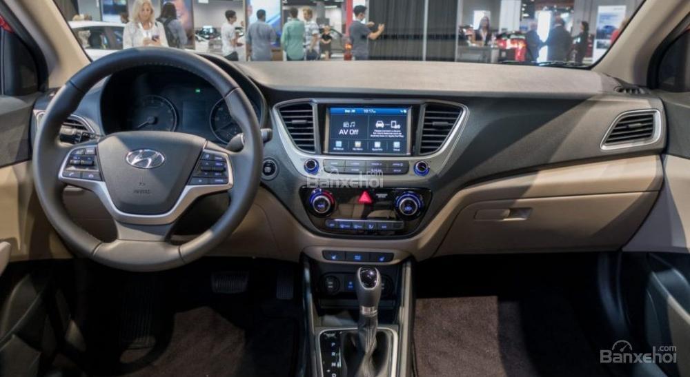 Giao xe ngay - Tặng phụ kiện - Chỉ 139tr- Hyundai Accent 1.4MT 2019, giá cực tốt, trả góp 85%, liên hệ 0933598285 (6)