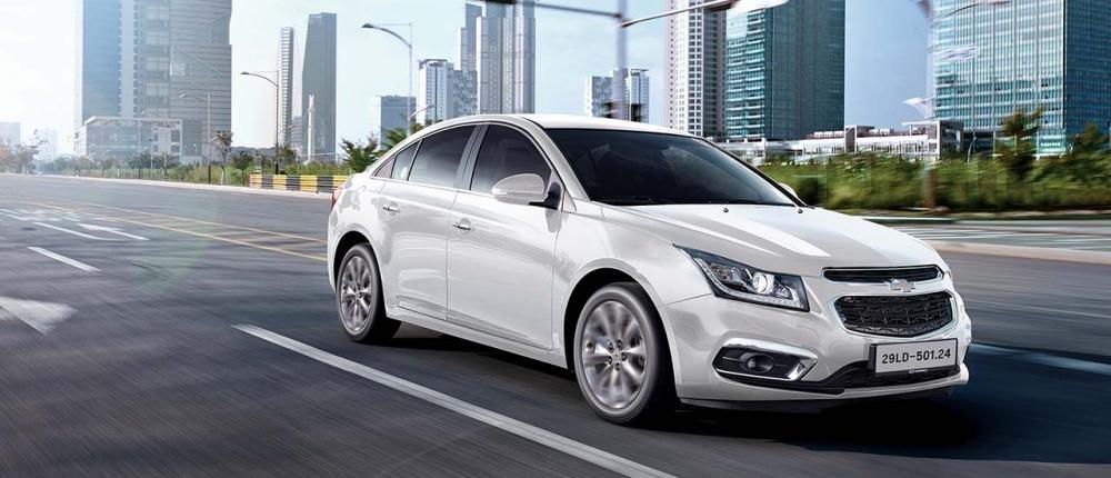 Đánh giá xe Chevrolet Cruze 2017 có nâng cấp nhẹ rất hữu ích.