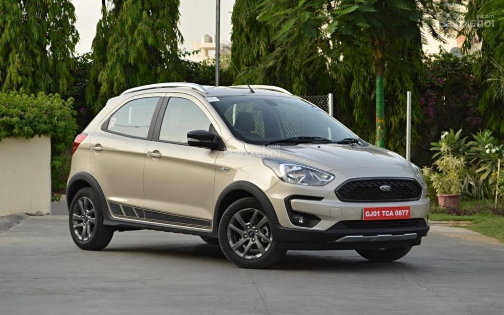 Đầu xe Ford Freestyle 2018