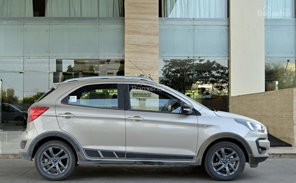 Đánh giá xe Ford Freestyle 2018: Thân xe cơ bắp đậm chất Mỹ.