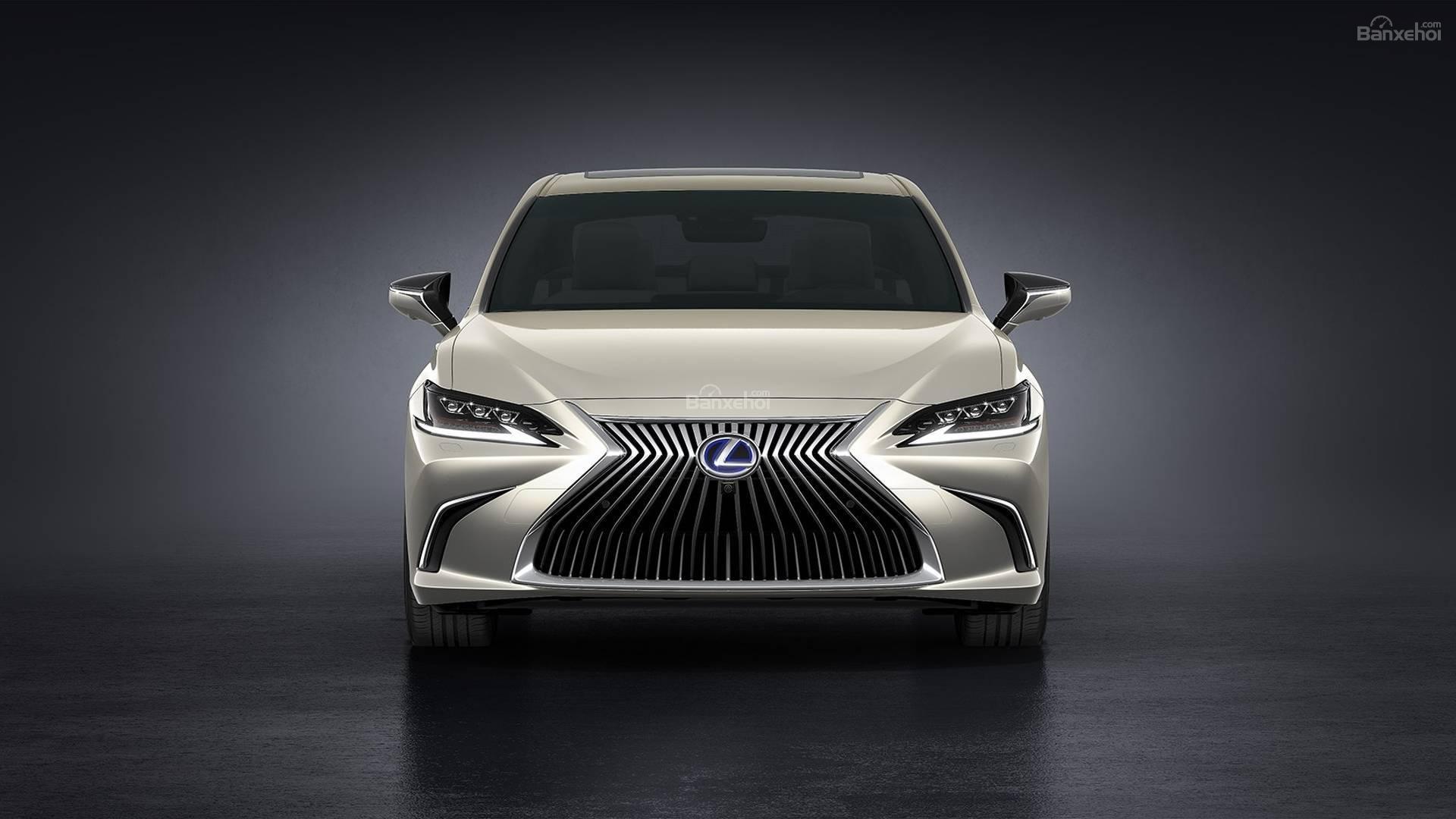 Đánh giá xe Lexus ES 2019: Thiết kế đầu xe lấy cảm hứng từ Lexus LS z