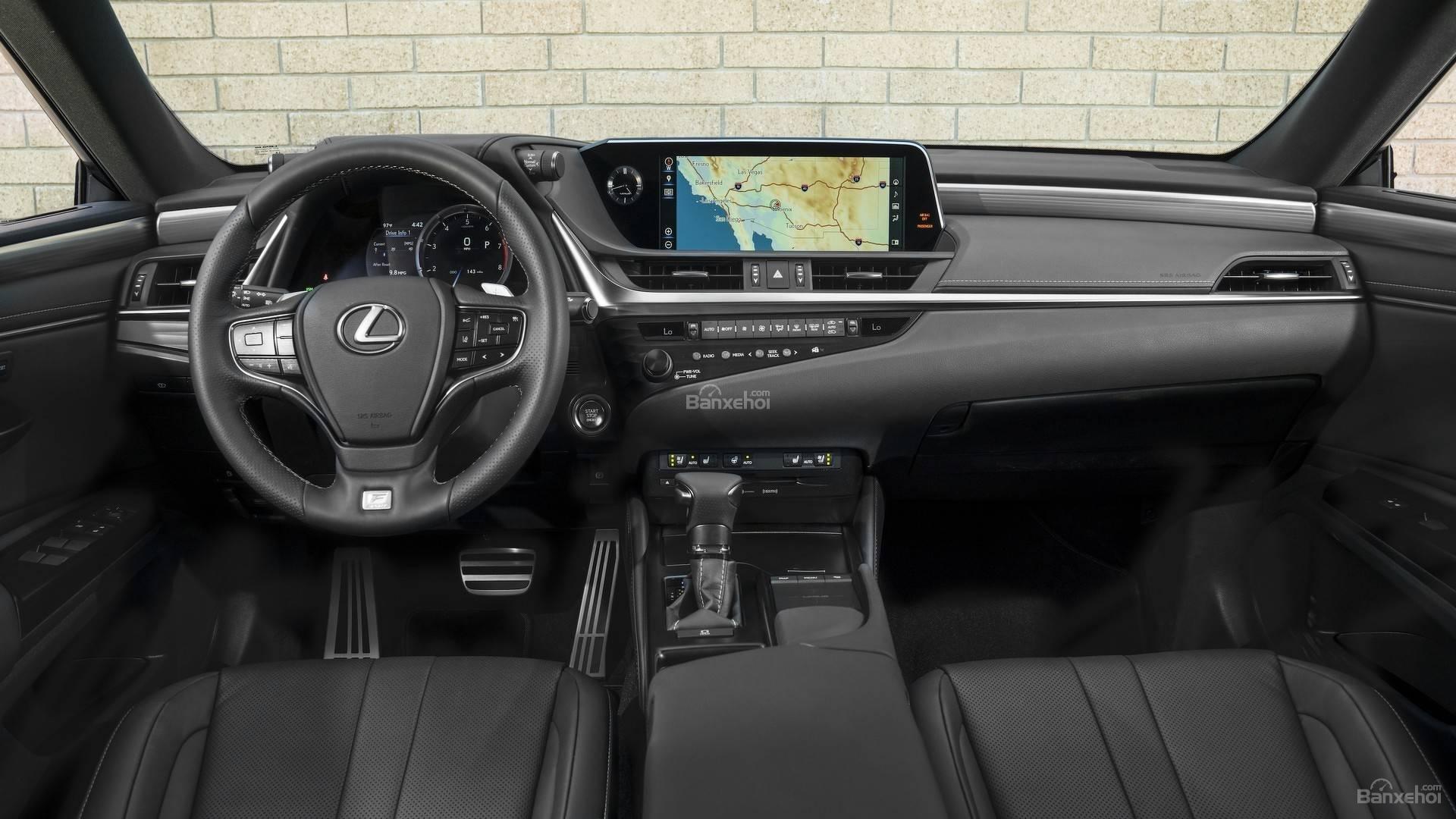Đánh giá xe Lexus ES 2019: Bảng táp-lô cao cấp và tinh tế z