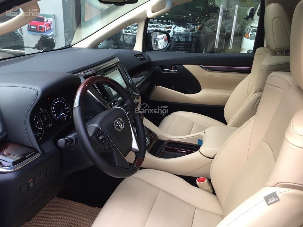 Cần bán xe Toyota Alphard sản xuất năm 2017, màu đen, xe nhập LH: 0982.84.2838 (7)
