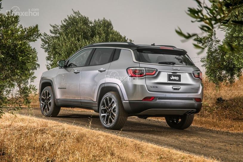 Đánh giá xe Jeep Compass 2018 về mức tiêu hao nhiên liệu z