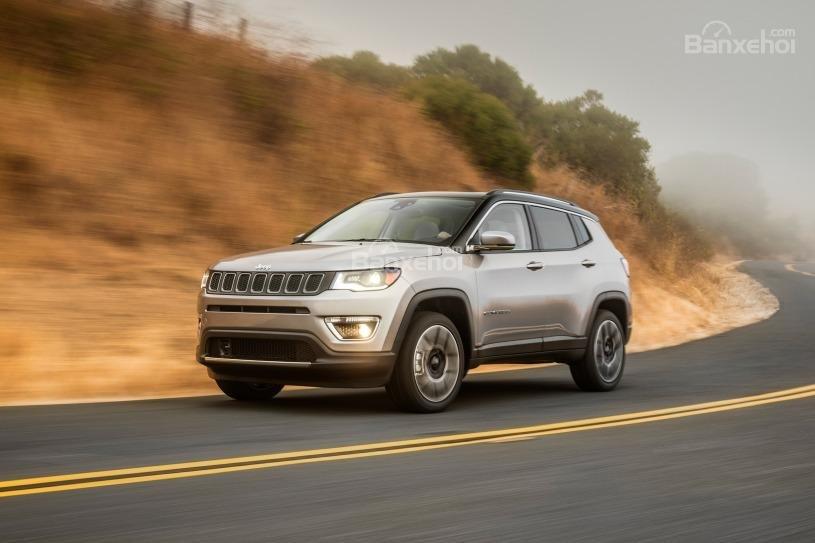 Đánh giá xe Jeep Compass 2018: Off-road tốt nhưng đôi khi hụt hơi trên đường cao tốc z