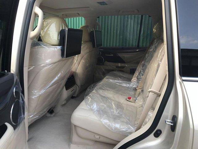 Lexus LX570 2018 nhập Mỹ tại Việt Nam có giá hơn 9 tỷ đồng a5