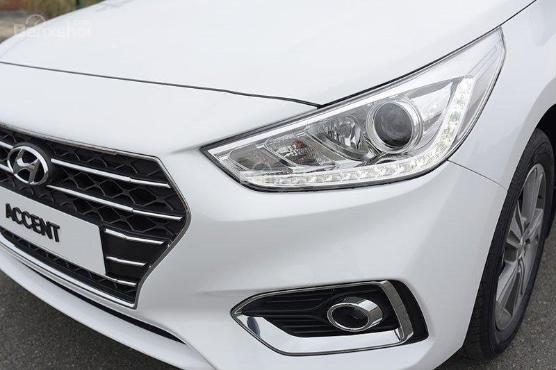 Bán Hyundai Accent bản Base hỗ trợ vay 85%, lãi suất ưu đãi, xe giao ngay-3