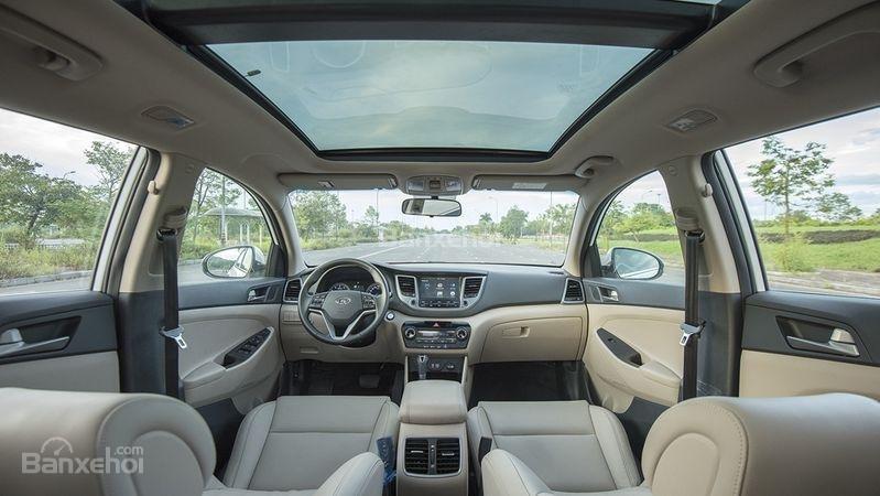Bán Hyundai Tucson 1.6 Turbo màu trắng, chỉ với 200tr nhận xe-2