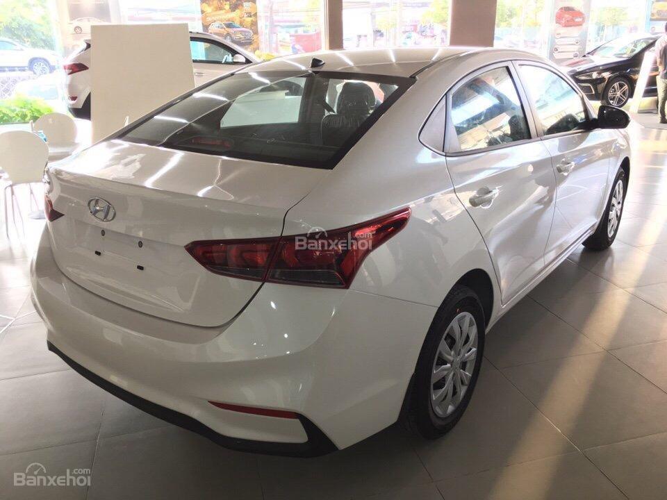 Hyundai Accent 2018, hỗ trợ trả góp lãi suất thấp, có xe sẵn giao ngay – LH 0774.702.378-4