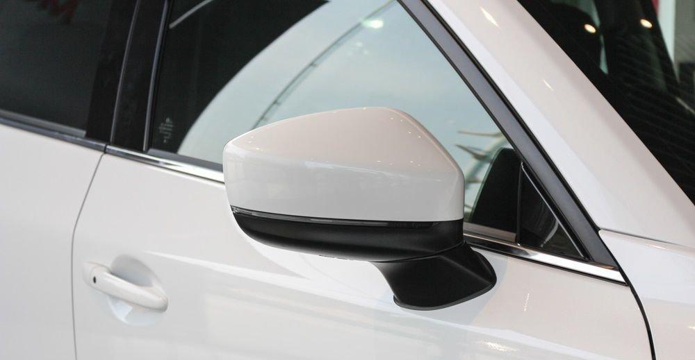 So sánh xe Mazda CX-5 2018 và Mitsubishi Outlander 2018 về thân xe 5