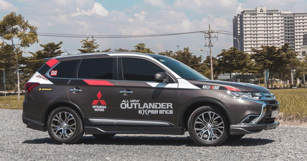 So sánh xe Mazda CX-5 2018 và Mitsubishi Outlander 2018 về thân xe 3