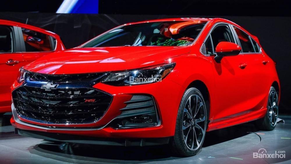 Đánh giá xe Chevrolet Cruze 2019 nâng cấp.