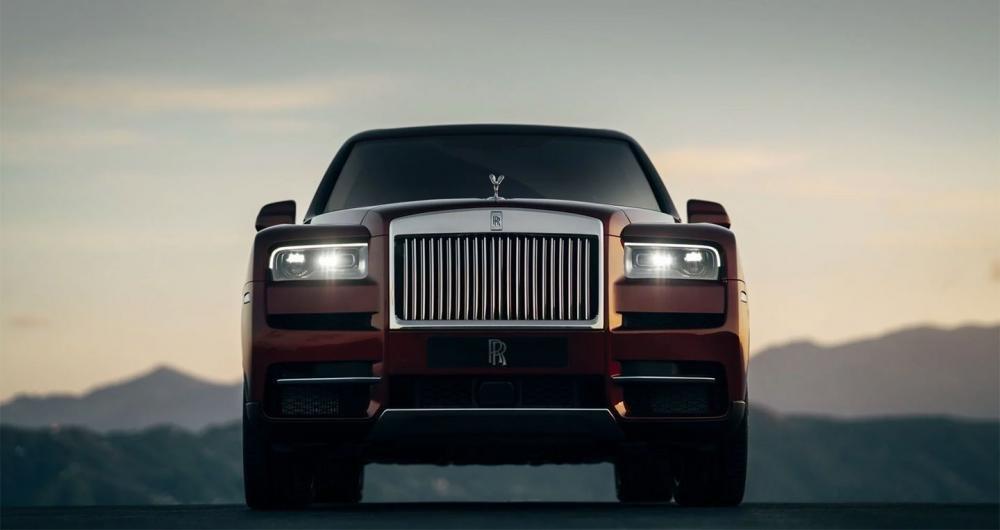 4 tính năng tạo nên đẳng cấp cho SUV siêu sang Rolls-Royce Cullinan 8