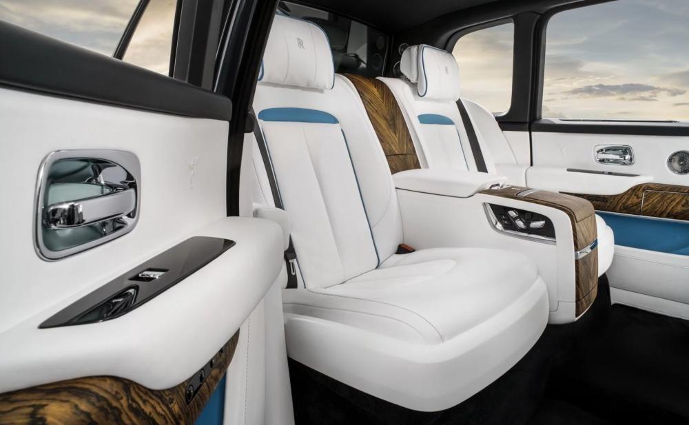 4 tính năng tạo nên đẳng cấp cho SUV siêu sang Rolls-Royce Cullinan 5