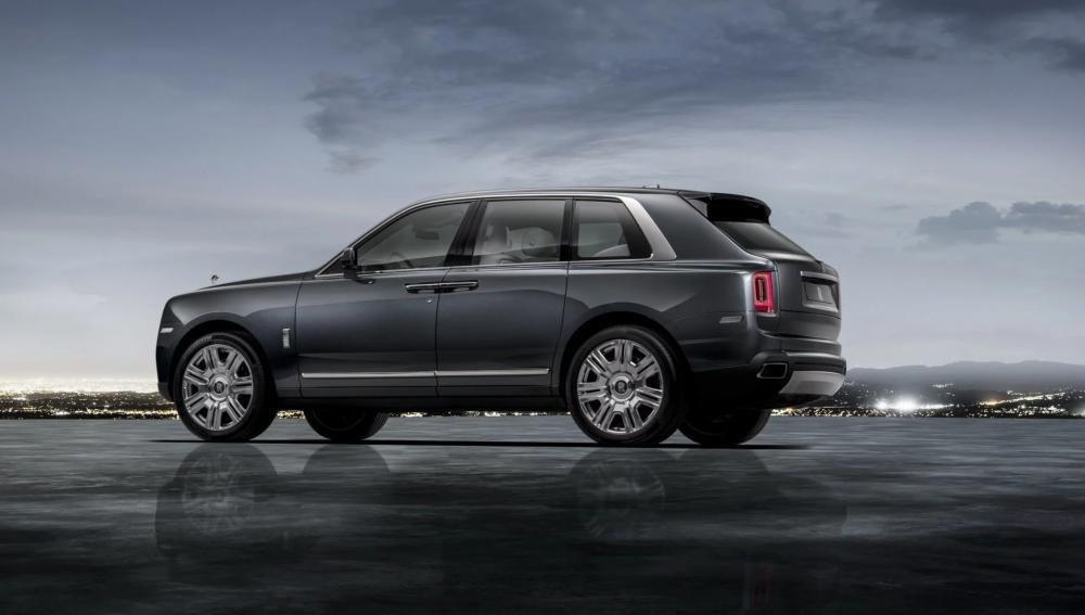 4 tính năng tạo nên đẳng cấp cho SUV siêu sang Rolls-Royce Cullinan 2