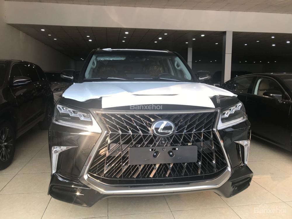 Cần bán Lexus LX Super Sport 2018, màu đen, xe giao ngay màu đen trắng-0