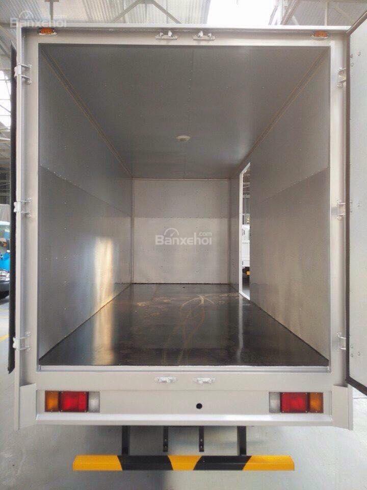 Bán xe tải Isuzu 1.9 tấn, thùng kín inox-3