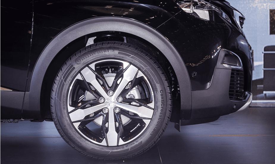 Đánh giá xe Peugeot 3008 2018: Bộ mâm 17 inch tiện kim cương lôi cuốn 1